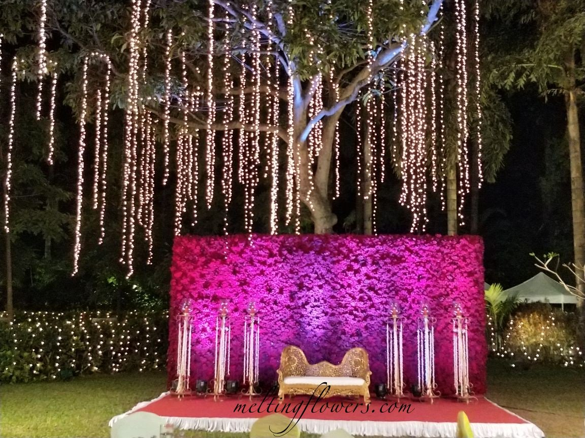 Melting flowers on twitter various wedding stage decoration at the 258 am 29 mar 2018 junglespirit Image collections