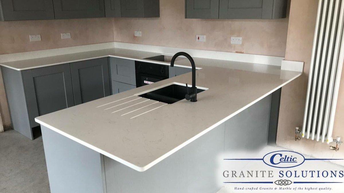 A recent #kitchenworktop fit our fantastic #team completed!   Stunning #Biancocarrara #marbleeffect #quartzworktops  👌🏻💯🔥🏅  #celticgranitesolutions #granite #quartz #marble #kitchen #bathroom #worktops #southwales #valeofglamorgan