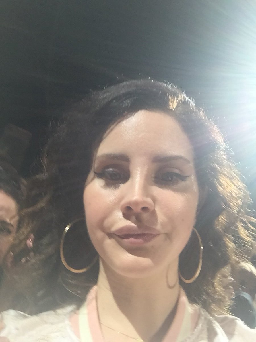 The Lana Del Rey On Twitter This Is Her Cute Face When She Accidentally Takes A Selfie When I Always Look Like A Potato Giving Birth