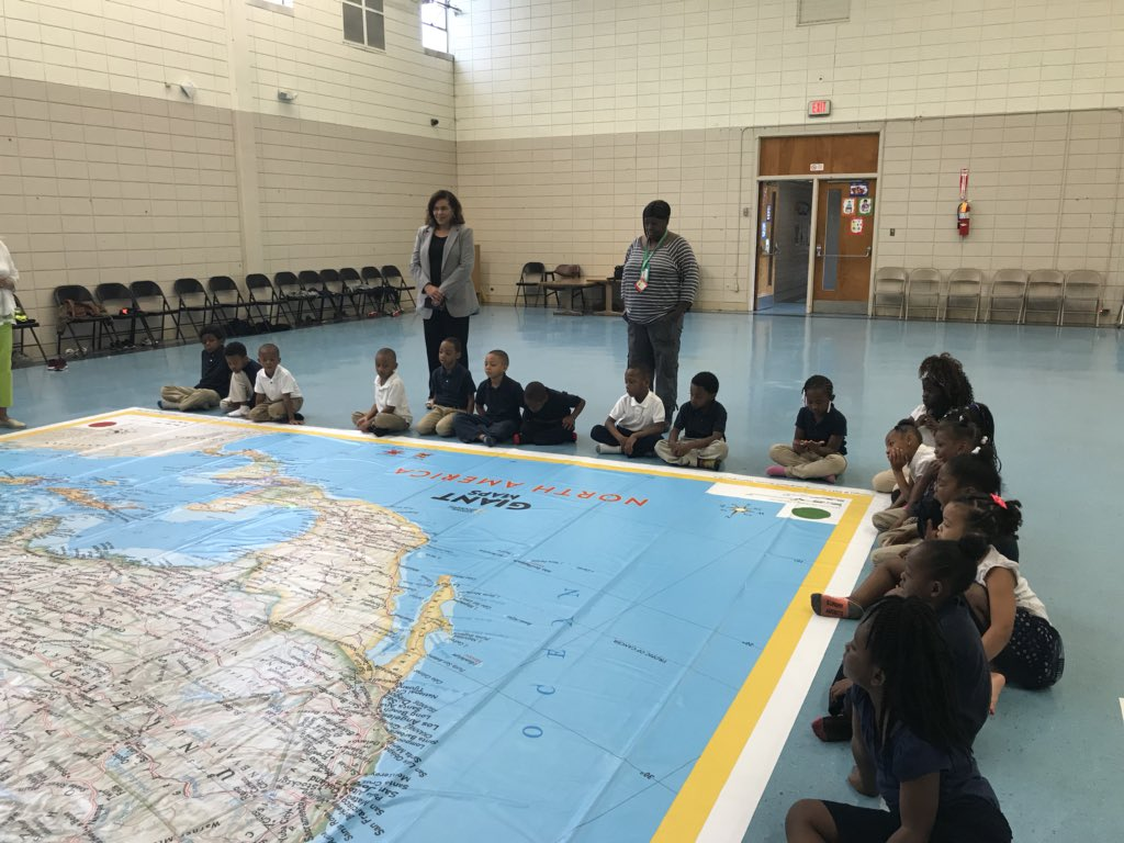 National Geographic Giant Maps of North America  visited Isable Elementary today! It was great we went to Hawaii....the weather was great! 👍#JPSProud