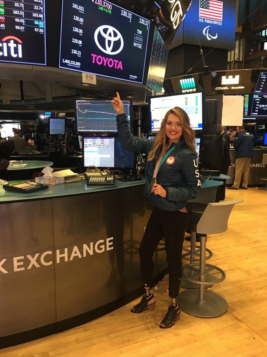How's @Toyota trading today? @nyse #newyourstockexchange $TM