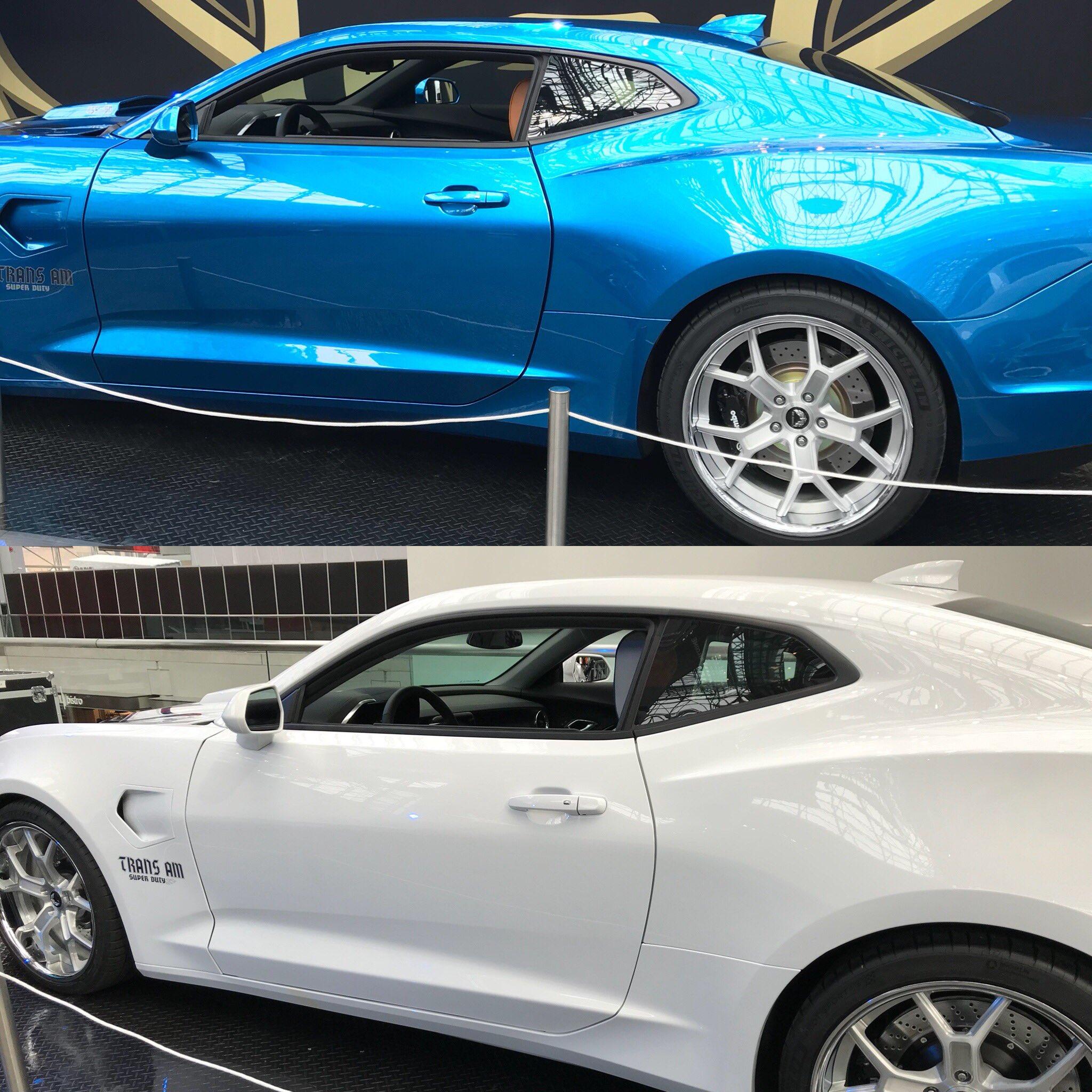"""Jay Leno's Garage On Twitter: """"Super Duty: Blue Or White"""