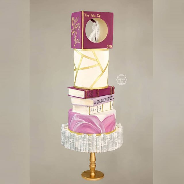 Once Upon A Time.... I had some fun realising this literary themed wedding cake with a touch of geometry. #itsalledible #waferpaper #yorkshireweddingcakes #cakeart #lovestory #literarywedding #onceuponatimeweddings #bookart #geometriccake #onceuponatime #bookcake #waferpaper… pic.twitter.com/OJADvk5jVc