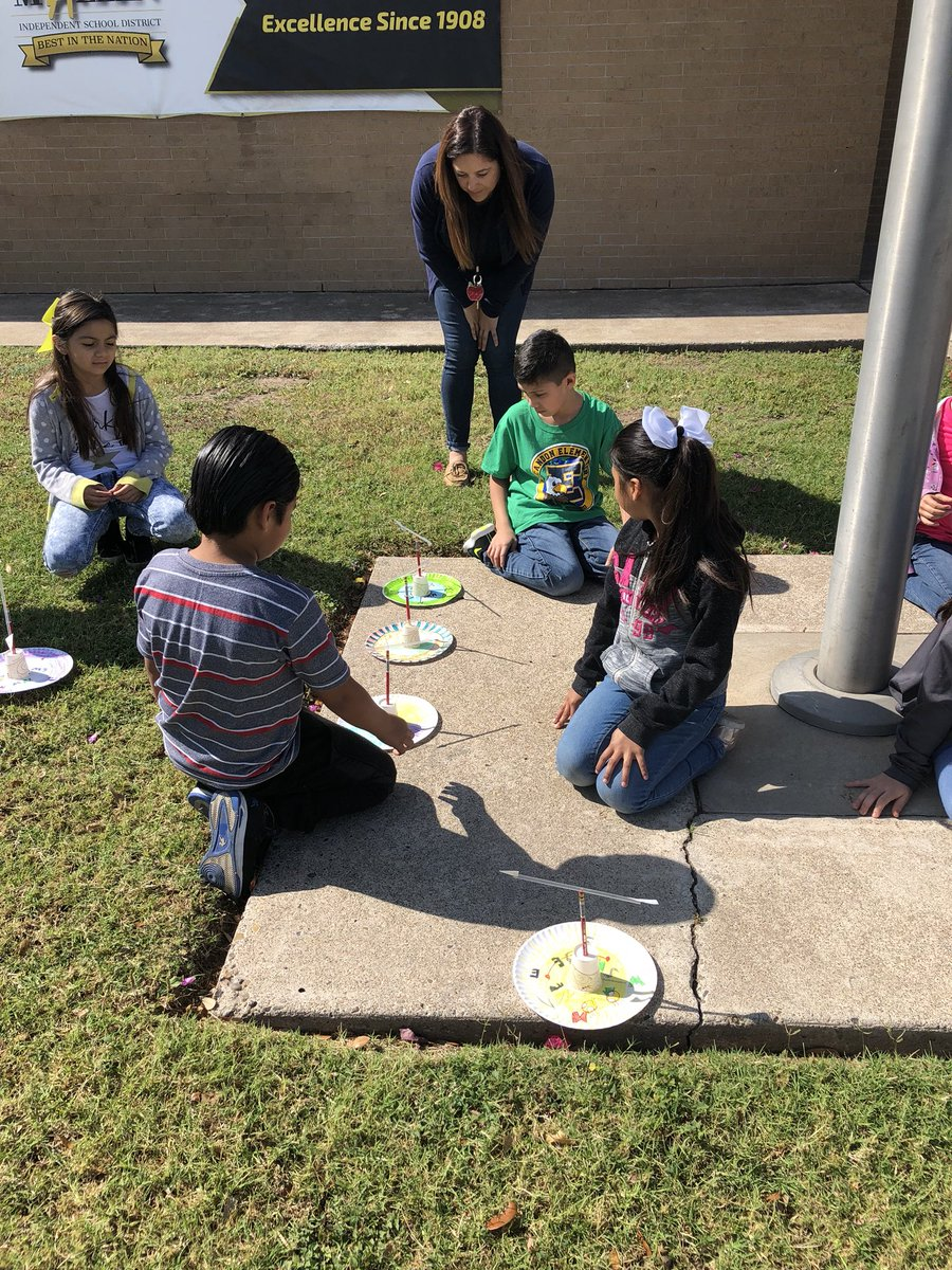 escandon elementary on twitter second graders testing out the