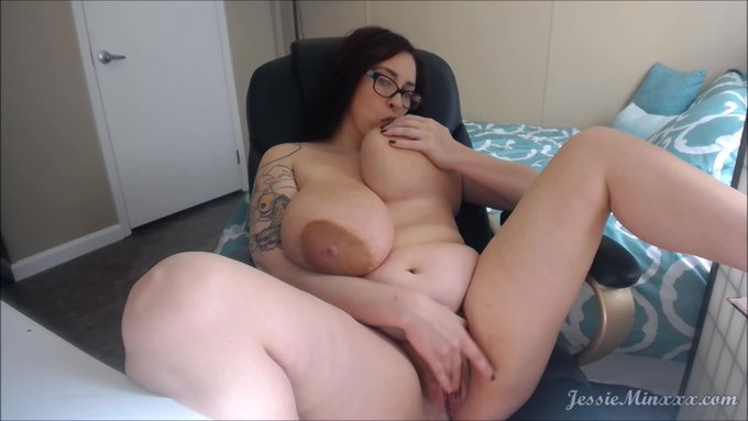 Thank you for buying! Skype with the Girlfriend. Get yours here https://t.co/d7GQLhFSj8 @manyvids #MVSales