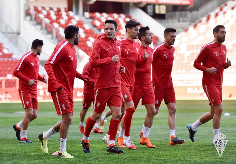⚽️ 🔴⚪️ #ElMolinónEnriqueCastroQuini  @RealSporting @pumafootball