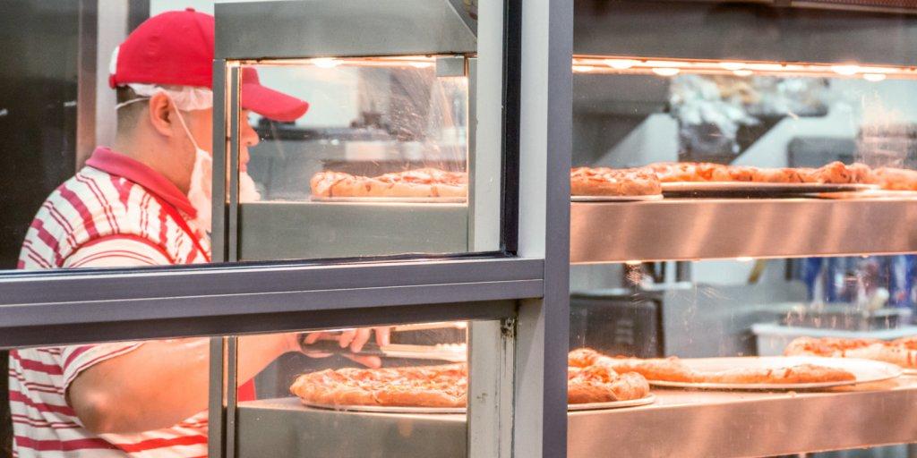 Business Insider On Twitter 8 Costco Food Court Menu Items