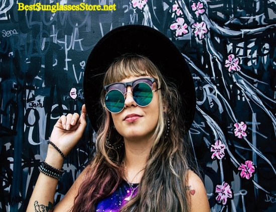 Why she's wearing 2 sunglasses? Too bright :)? She got 90% OFF at http://www.bestsunglassesstore.net  #hangouts #sunglasses #sunglasseslover #cateyeglasses #eyewearfashion #eyeglasses #selfietime #womenswear #frame #sunglassesfashion #shades #selfiequeen #womenstyle #eyewear