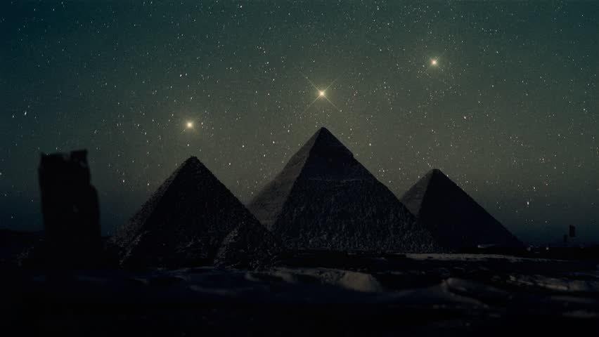 As três irmãs de Orion, Alnitak, Alnilam e Mintaka foram alinhadas com as pirâmides de Gizé.