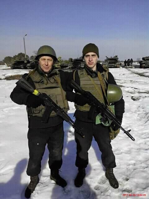 За сутки наемники РФ 11 раз обстреляли позиции ВСУ, ранены двое украинских воинов, - штаб АТО - Цензор.НЕТ 4700