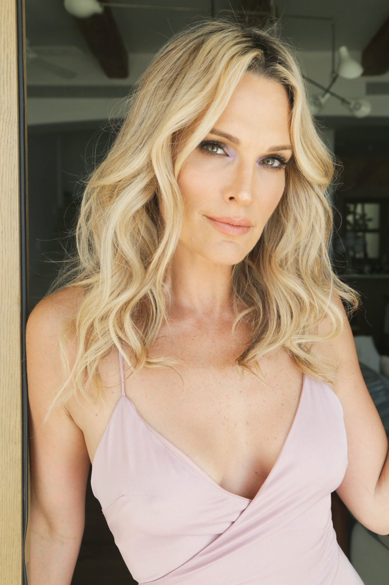 Molly Sims On Twitter No Better Way To Spend Your First Day Of