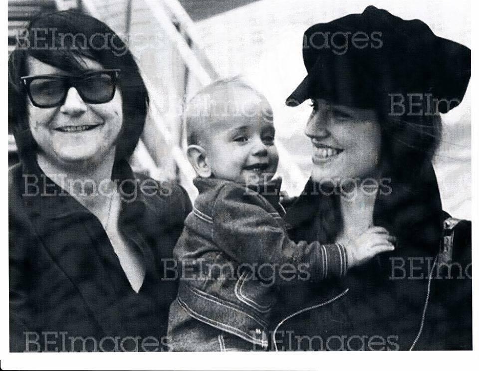 Roy Orbison Jr On Twitter A Pic Of Us Roy Orbison Roy Orbison Jr Barbara Orbison 1971 Royorbison Royorbisonjr Barbaraorbison