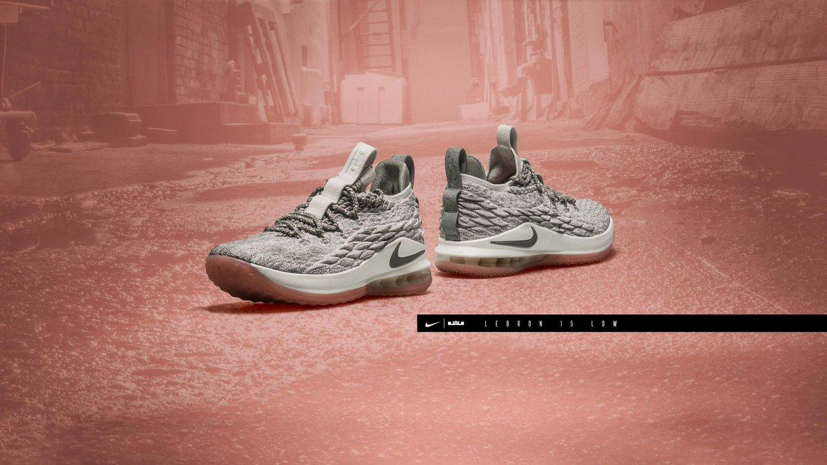 buy popular f613b 7573f SOLE LINKS on Twitter: