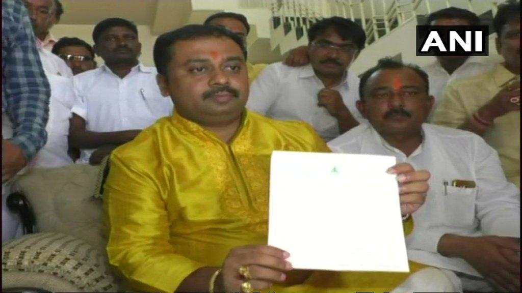Mallikarjun Khuba,JDS MLA from Basavakalyan resigns from the party, says will join BJP #Karnataka