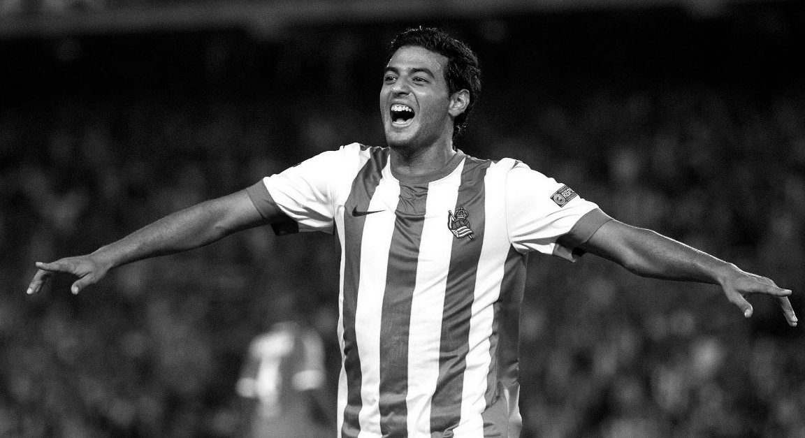 ed77a3bb8 in the first ever la derby former arsenal striker carlos vela has scored a  screamer to