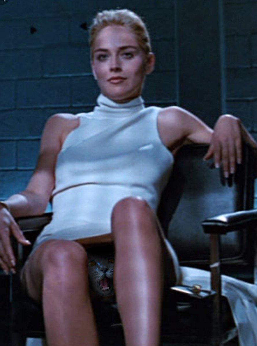 Посмотреть знаменитую сцену из фильма основной инстинкт, порно видео застукала подружку