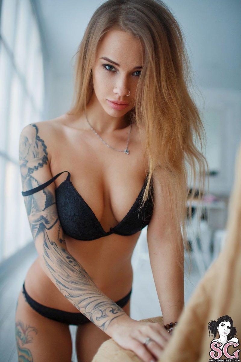 Hollywood hot actress nude