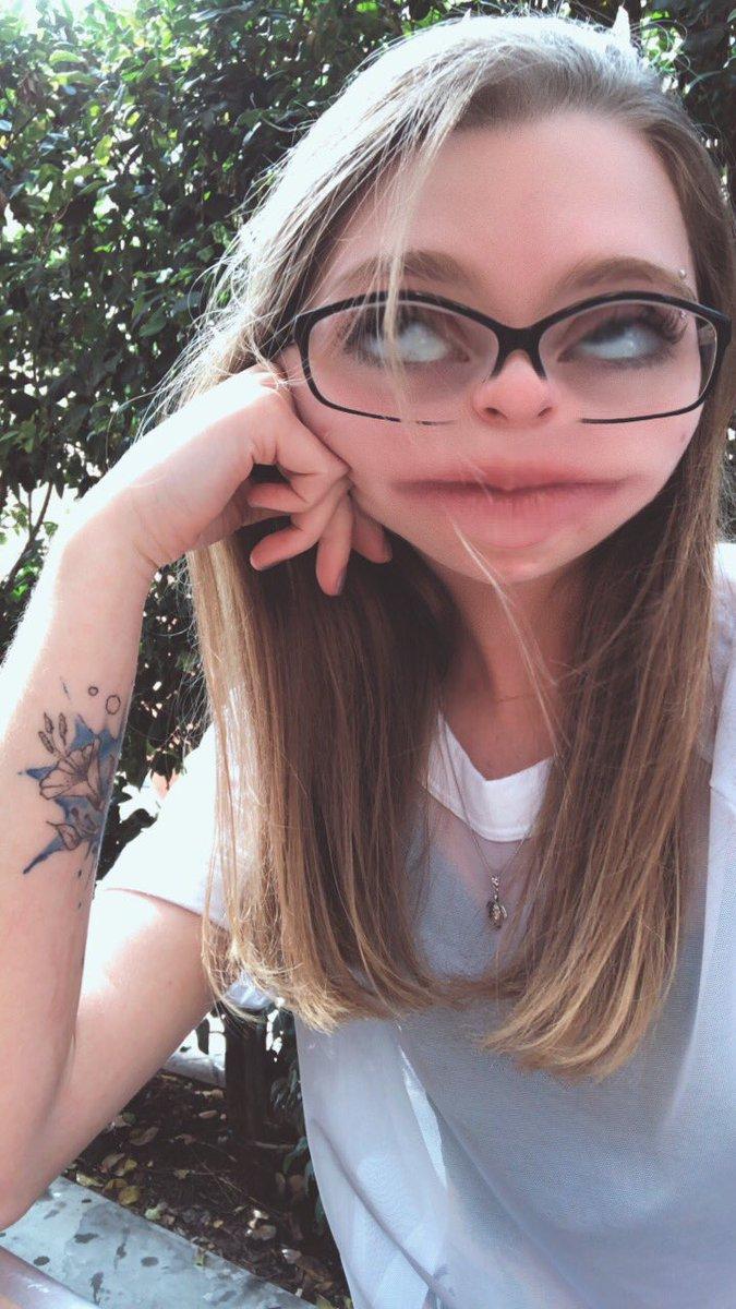 Emily Addison (@em_joy99) | Twitter