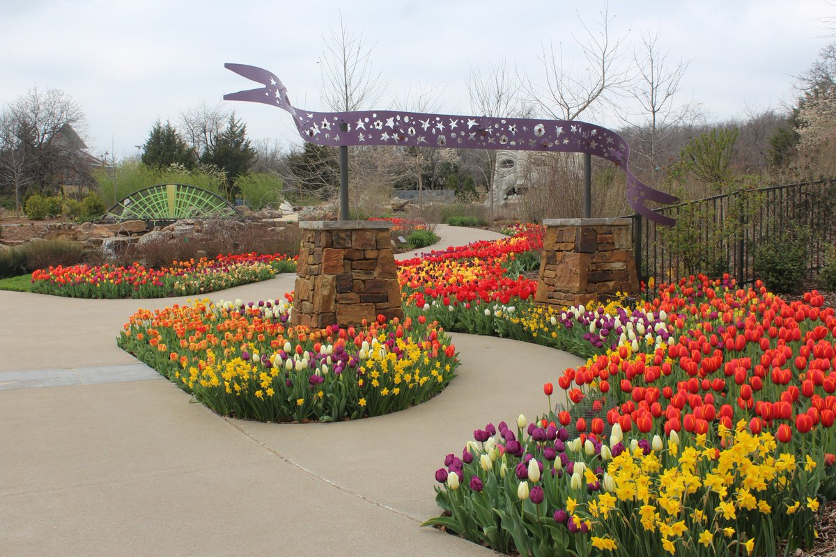make plans to visit for our spring celebration tulsa botanic blooms presented by osage_casinos weve got a few more weeks of bulb blooms - Tulsa Botanic Garden