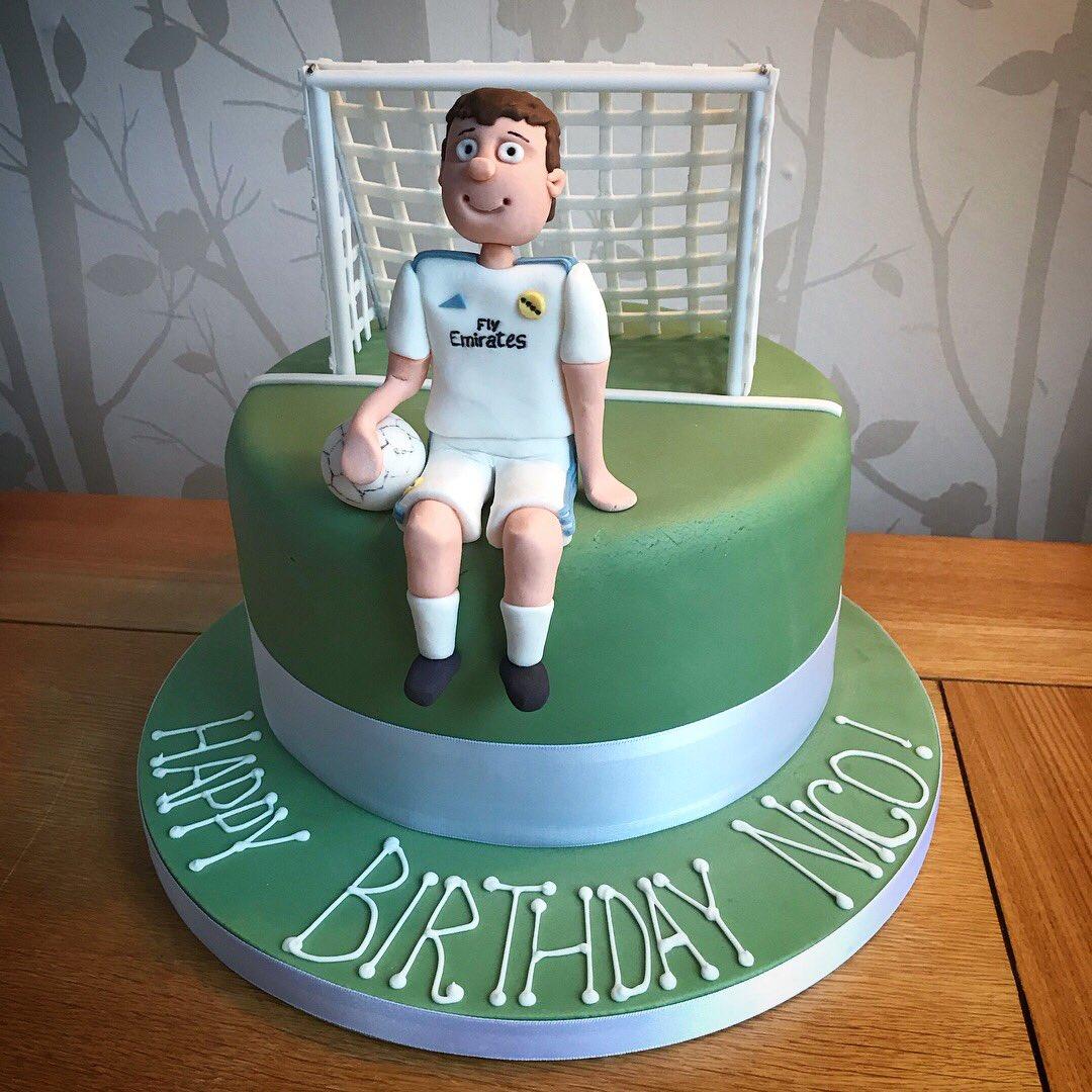 Mr Cake On Twitter Birthday Cake For A Fan Of Realmadrid