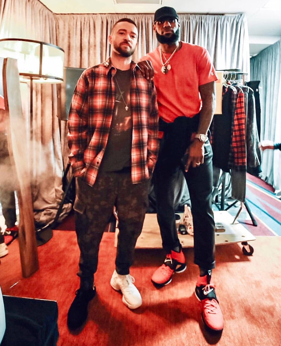 Nike boys in Cleveland. @jtimberlake in the mismatched 'Equality' LeBron 15s and @kingjames is a Red PE of the 'Primetime' 15s.