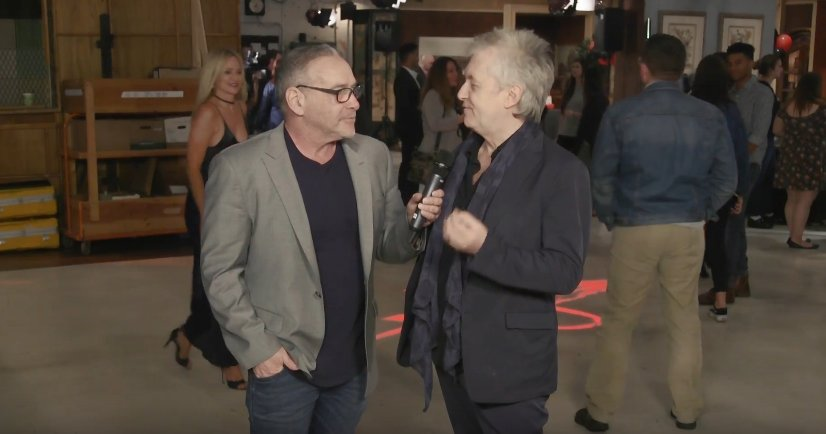 @sharonlcase video-bombing @malyoung s interview with @MichaelFairman has got to be the finniest thing I have seen all year! #YR #YR45