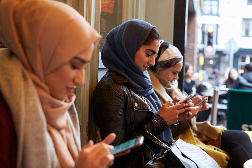 toone muslim personals Muslim women are considered inaccessible to men of different nationalities and religions, and there are a lot of reasons for this almost all communities and families in islam have to follow strict rules regarding dating and marriage.
