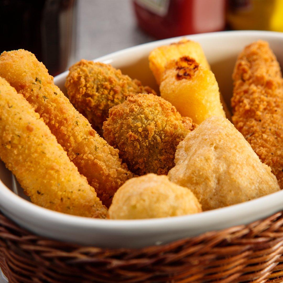 Ok, dopo l'abbuffata pasquale😱 prenderò solo un po' di finger food…🙊🙊🙊 per cominciare.😜💪 #Pasquetta #foodporn #fingerfood https://t.co/1oIpye32JV