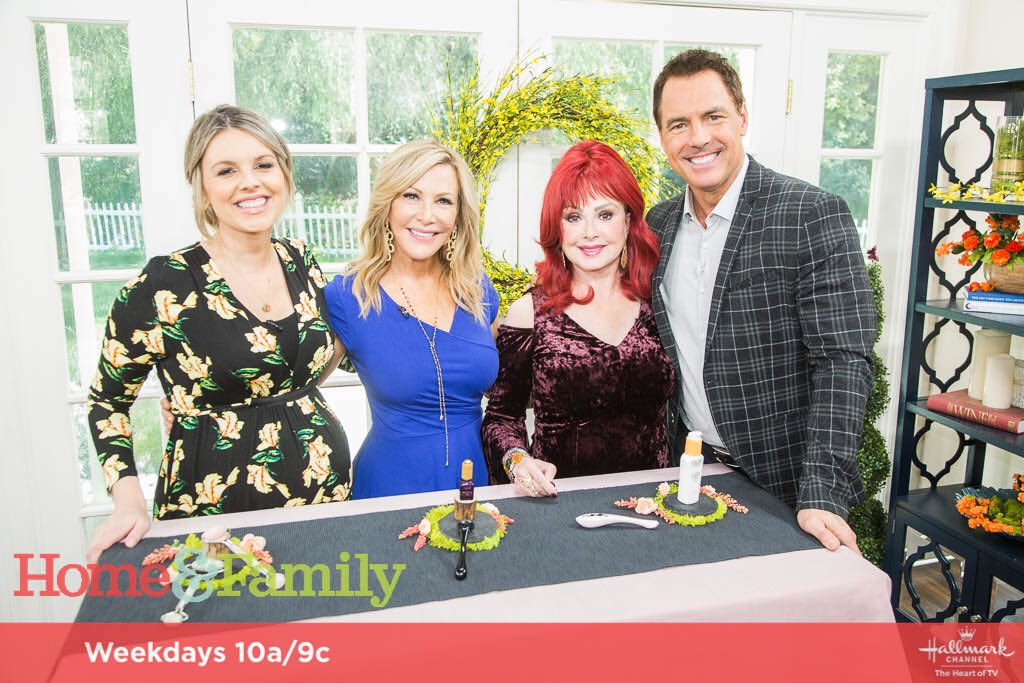 It felt like a homecoming returning to Hallmark Channel's @HomeandFamilyTV ! Thanks so much to the cast and crew for making me feel at home.