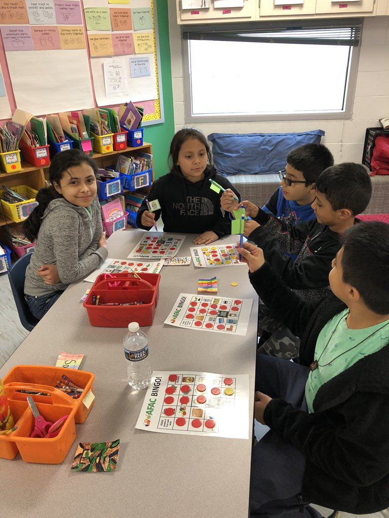 YES Club students learn about <a target='_blank' href='http://twitter.com/AFACfeeds'>@AFACfeeds</a> through a fun bingo game! Can't wait to get started on our food drive! Thanks <a target='_blank' href='http://twitter.com/DebStarenDoby'>@DebStarenDoby</a> for coming to our meeting today and teaching us! <a target='_blank' href='http://twitter.com/AbingdonGIFT'>@AbingdonGIFT</a> <a target='_blank' href='http://twitter.com/AbingdonVandP'>@AbingdonVandP</a> <a target='_blank' href='https://t.co/YN2SGncTx3'>https://t.co/YN2SGncTx3</a>