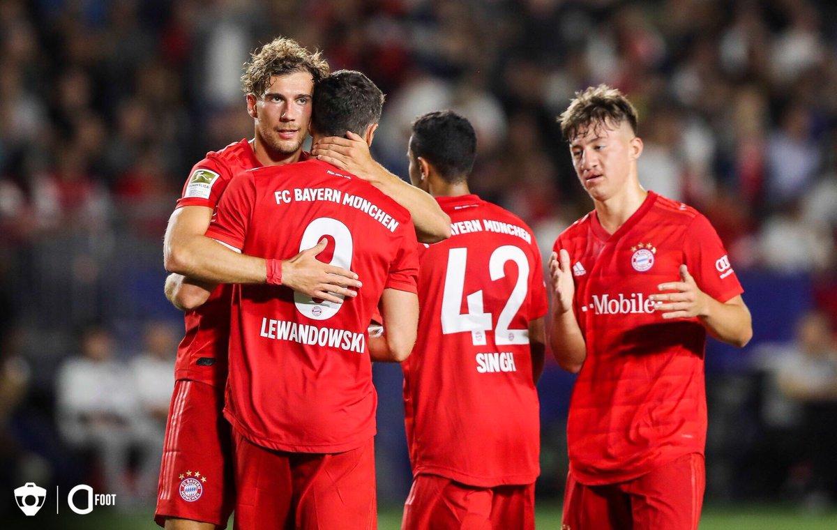 ⏱ TERMINÉ !  BAYERN 🇩🇪  3-1  🇪🇸 REAL MADRID  Dans la nuit, Le Bayern s'est imposé grâce à des buts de Tolisso, Lewandowski et Gnabry          Rodrygo a réduit l'écart d'un sublime coup franc pour les madrilènes.