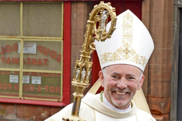 This morning we welcome Bishop Nolan, who is from this parish,  to concelebrate Mass here. Fr Ness served as a deacon under his guidance  at Our Lady of Lourdes in EK and it's a reminder of the Apostolic nature of the Church  -   as well as a joy   - to have him visit here. <br>http://pic.twitter.com/ajBCzXhYTv