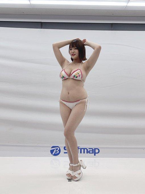 グラビアアイドル彼方美紅のTwitter自撮りエロ画像26