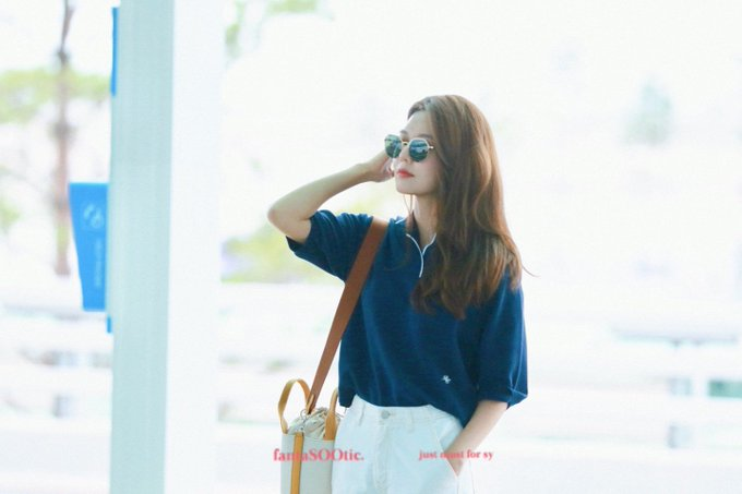 [PHOTO]  190721  Sooyoung - ICN Airport D_-jNnPUwAE89wO?format=jpg&name=small