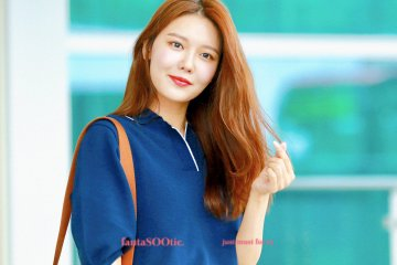 [PHOTO]  190721  Sooyoung - ICN Airport D_-jVhXU4AAhMuz?format=jpg&name=360x360