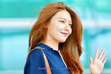 [PHOTO]  190721  Sooyoung - ICN Airport D_-jVhYU8AAObbV?format=jpg&name=360x360