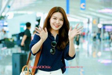 [PHOTO]  190721  Sooyoung - ICN Airport D_-jVjaU4AAsrDX?format=jpg&name=360x360