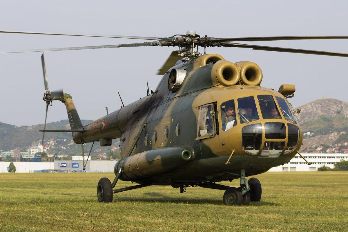 Hungarian Air Force Mil Mi-8 (3304) LHBS Int. Airport @honvedseg #helicopters #AvGeek #aviationlovers #planespotting #retweet #Hungarian #military #army #pilots #follow