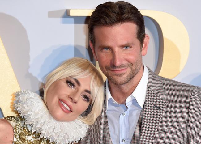 #TopBLU Bradley Cooper y Lady Gaga ya estarían viviendo juntos → bit.ly/30HSe1z