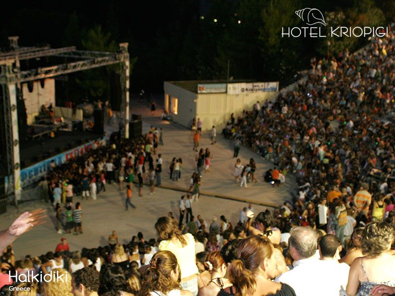 The best summer festivals in Halkidiki. The Kassandra Festival & the Sani Festival are about to begin & fill our lives with music & performances https://buff.ly/2StzMXL #halkidiki #summer #festival #music #art #events #visithalkidiki #greece #visitgreece #hotelkriopigi