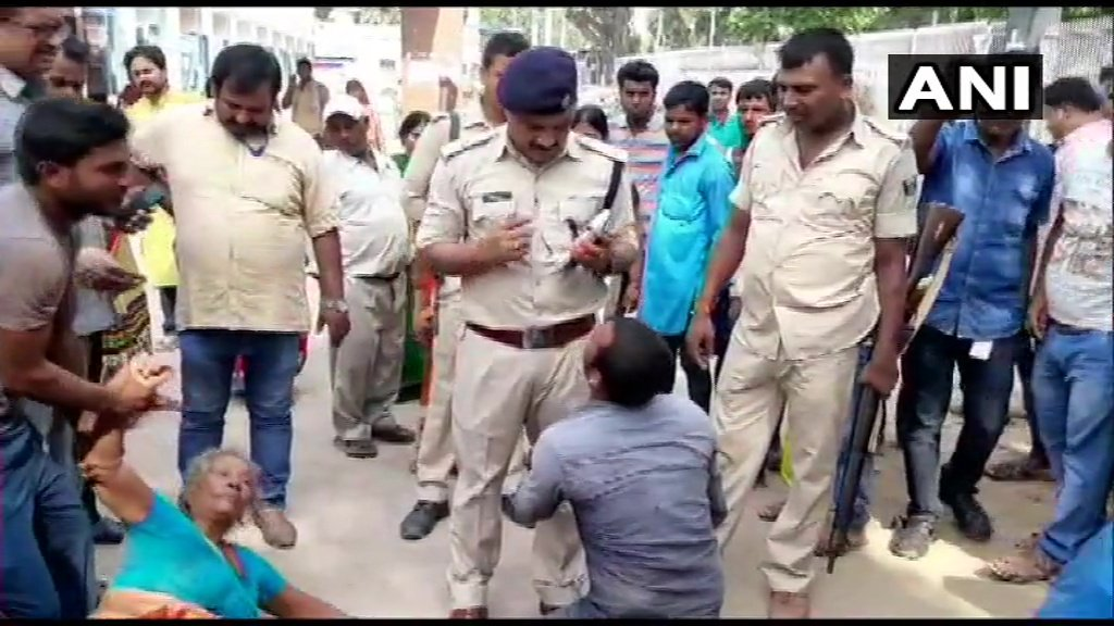 Bihar: Three people were beaten to death by locals in Baniyapur, Saran on suspicion of cattle theft, today morning. Bodies sent for postmortem by police, investigation underway.