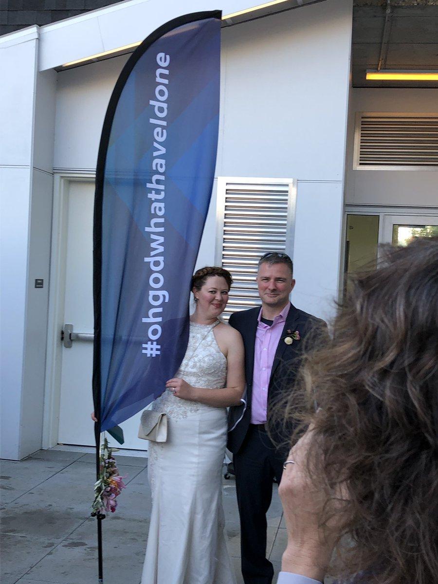 Best wedding ever! #ohgodwhathaveidone <br>http://pic.twitter.com/Ea5Dka1HA2