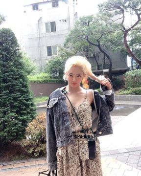 [TỔNG HỢP] Bài đăng trên IG của Hyoyeon D_0MQnbXUAA9oFO?format=jpg&name=360x360