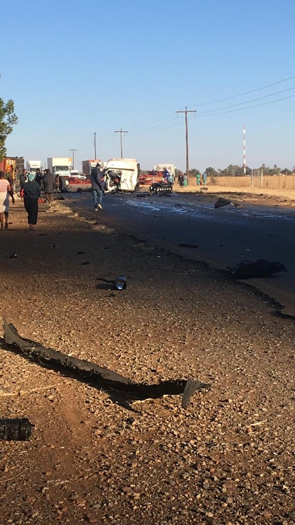 @TrafficSA 4 trucks and a tractor collided on the R509, Derby - Magaliesburg Road. Use alternative routes.