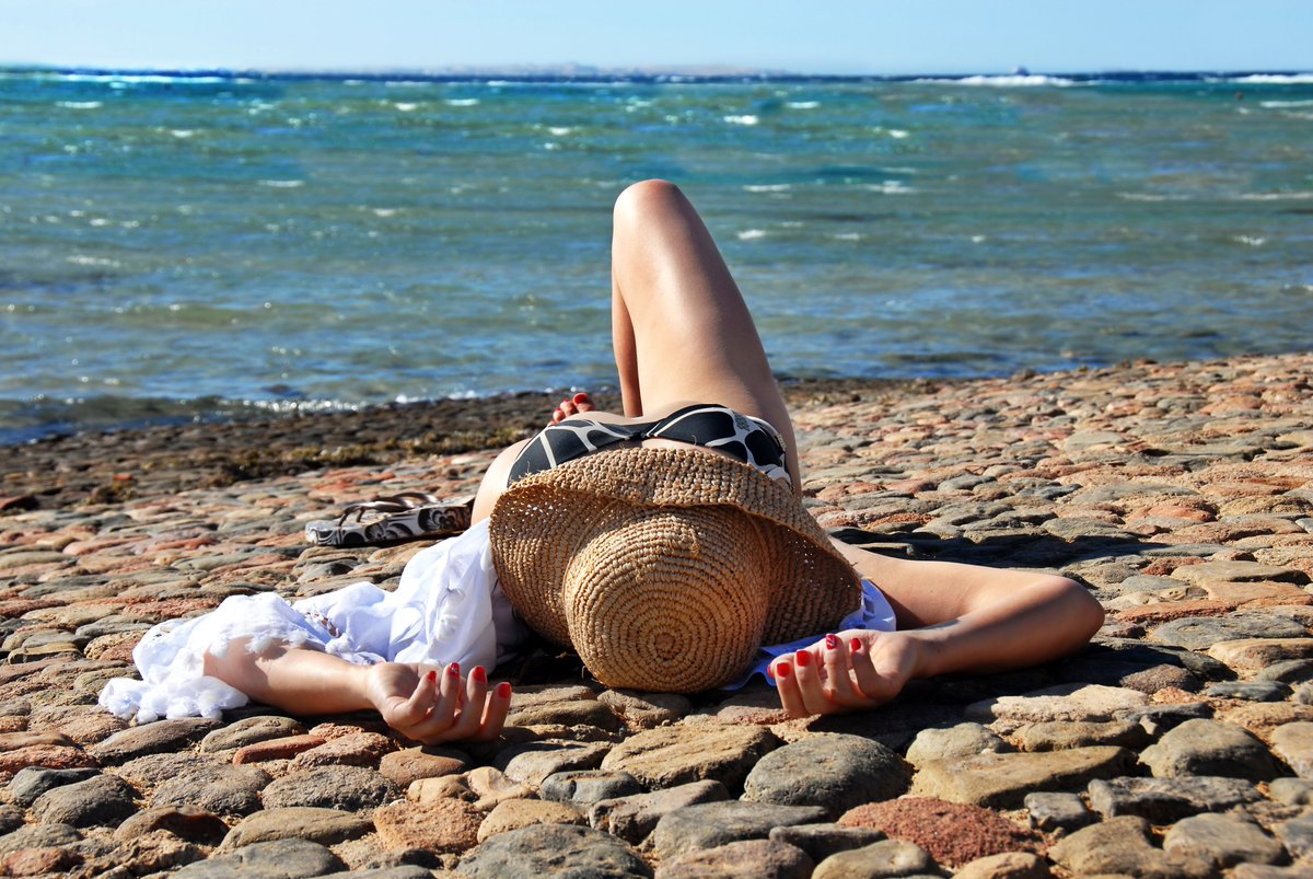 TO BIKINI OR NOT TO BIKINI? THAT IS THE QUESTION. Answered here by @JoelyCarey, fresh from the beach  https:// buff.ly/2JtTr5F     #GenerationRestart #beaudacious #bemoreaudrey<br>http://pic.twitter.com/OIAC0FBQ3I