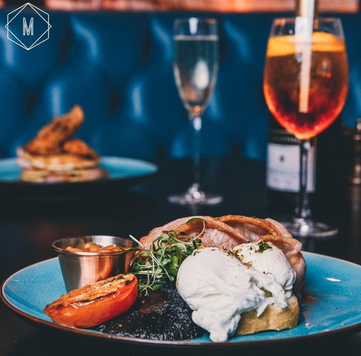 Stuck for something to do this weekend? Why not join us for our amazing Bottomless Brunch 🥂 Get 90 minutes of drinks and a brunch dish for only £26.95! Book online here: https://arcinspirations.com/manahatta-merrionst/book … #eeds #bottomlessbrunch #manahatta #drinks #weekend #aperolspritz #prosecco #deals