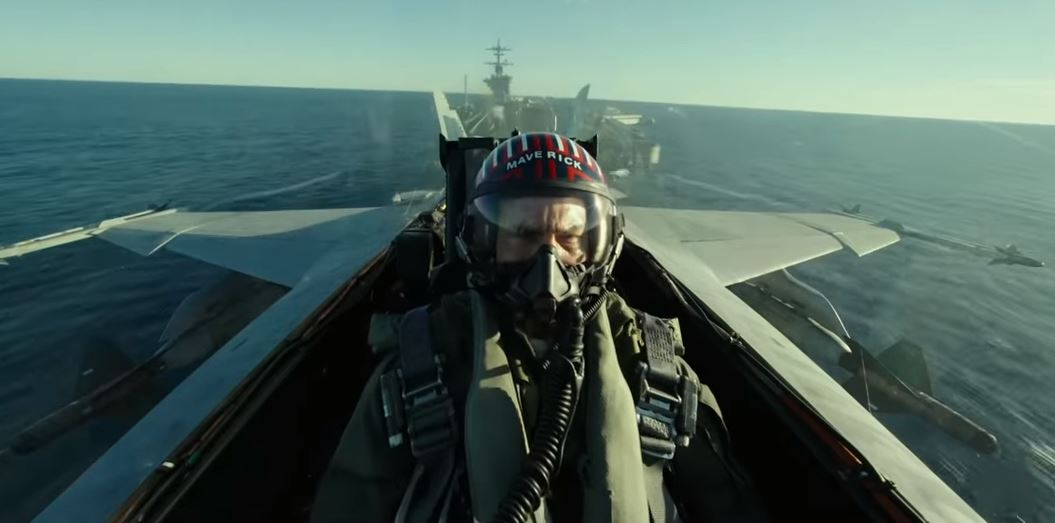 Feel the need for speed all over again as Tom Cruise reveals Top Gun: Maverick trailer itv.com/news/2019-07-1…