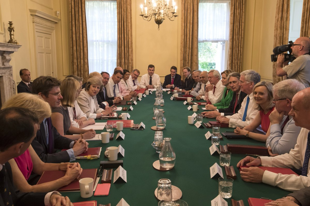 Tory MP and Boris supporter Robert Jenrick: The next prime minister must choose a Cabinet determined to leave by 31 October with or without a deal. @JuliaHB1   @RobertJenrick