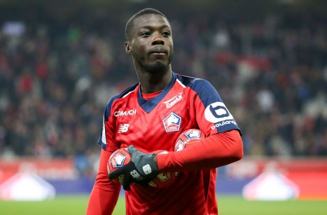 Napoli are edging towards the signing of Nicolas Pépé after holding positive talks with Lille. The French side are holding out for around €65m for the attacker. (Source: Sky Sport)