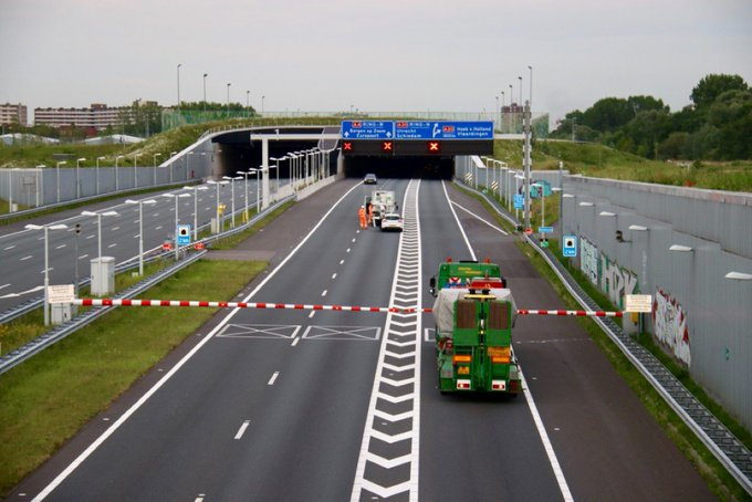 Weekendafsluiting Ketheltunnel A4 Delft-Schiedam https://t.co/qiZTpTuEOA https://t.co/4wBQd4VrFZ
